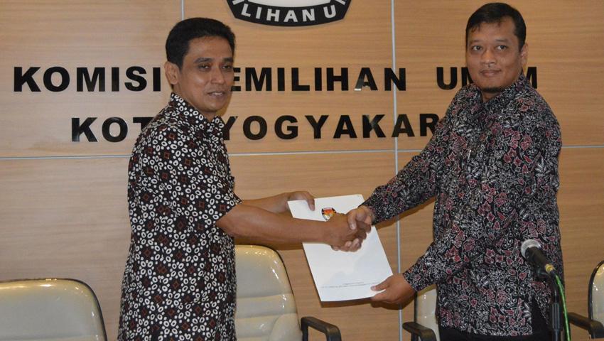 Penandatanganan Nota Kesepahaman IRE dan KPU Kota Yogyakarta